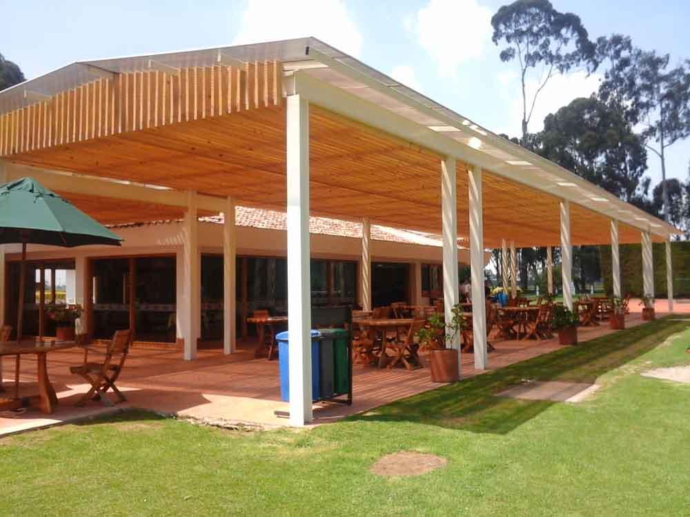 Remodelacion y adecuacion del Refugio de Tenis y zonas exteriores
