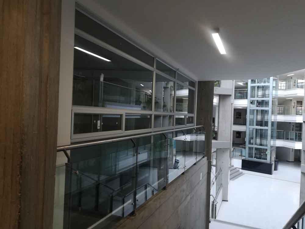 Universidad de la Salle remodelacion piso 6